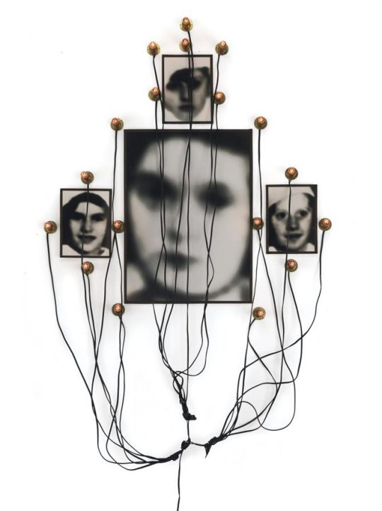 Christian Boltanski, MONUMENT TO ODESSA (1991) Collectie Hunting.